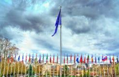 Flaggor av medlemsstaterna av Europarådet i Strasbourg, Frankrike Arkivbilder