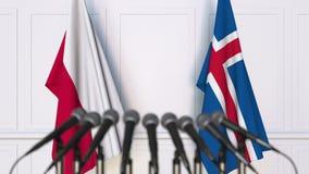 Flaggor av Polen och Island på det internationella mötet eller konferensen framförande 3d Royaltyfri Bild