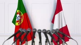 Flaggor av Portugal och Peru på det internationella mötet eller konferensen framförande 3d Arkivbilder