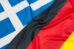 Flaggor av Tyskland och Grekland Royaltyfria Bilder