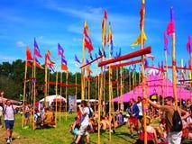 Flaggor för musikfestival i solsken Royaltyfria Foton