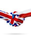 Flaggor Förenade kungariket, Tjeckien länder, begrepp för partnerskapkamratskaphandskakning Royaltyfria Foton
