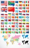 Flaggor och världskarta Royaltyfri Bild