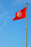 Flaggor på kusten i staden av Sousse Tunisien Royaltyfri Bild
