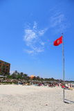 Flaggor på kusten i staden av Sousse Tunisien Arkivfoto