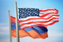 Flagi usa a Armenia i zdjęcia stock