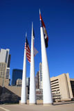 Flagpole nel corridoio di città di Dallas immagini stock