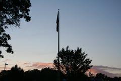 Flagpole podczas zmierzchu Obraz Royalty Free