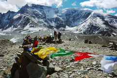 flags den tibetana bönen Arkivfoton