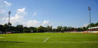 Flagstengi narożnikowy kopnięcie przy Khonkaen boiskiem piłkarskim , Tajlandia , 05 Obraz Stock