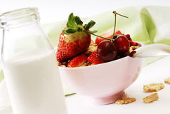 Flakes and strawberries with milk. Flakes with fresh fuits. breakfast Royalty Free Stock Photos