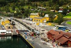 FLAM, NOORWEGEN - CIRCA SEPTEMBER 2016: Beroemde Flam-spoorwegstationflamsbana in Noorwegen Stock Foto's