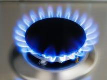 Flama azul da cozinha em um queimador Imagens de Stock