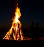 Flamas alaranjadas do incêndio Fotografia de Stock Royalty Free