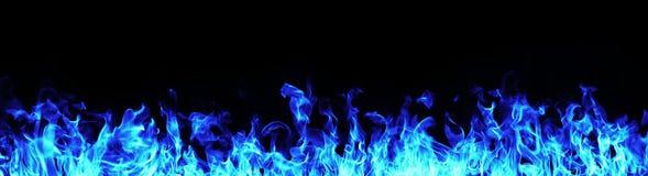 Flamas azuis do incêndio fotos de stock royalty free