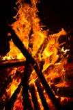Flamas do incêndio no fundo preto Foto de Stock Royalty Free