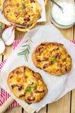 Flambee au goût âpre Souabe Dinnete de style allemand de pizza photo stock