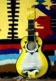 flamboyant gitarr fotografering för bildbyråer