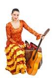 Flamencotänzer auf Koffer mit einer Gitarre Lizenzfreies Stockfoto