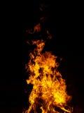 flamm för brasadark royaltyfria bilder