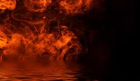 Flamma brandflammatextur p? isolerad bakgrund med vattenreflexion stock illustrationer