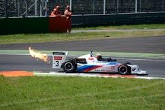 Flammande formel 2 på den Monza strömkretsen Royaltyfri Fotografi