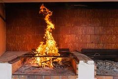 Flammande spis royaltyfri fotografi