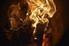 Flammar eller avfyrar fotografering för bildbyråer