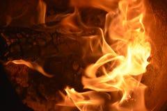 Flammar eller avfyrar royaltyfria foton