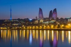 Flammatorn i Baku Arkivbild