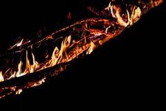 Flamme auf einem schwarzen Hintergrund Lizenzfreies Stockfoto