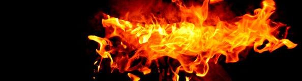 Flamme brûlante d'isolement image libre de droits