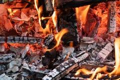 Flamme d'incinération des déchets images stock