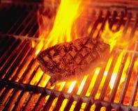 Flamme-Grill stockbild