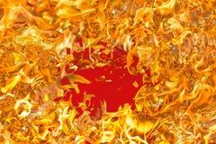 Flamme rouge Langues du feu dans un collage photographie stock