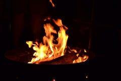 Flammen lizenzfreie stockfotografie