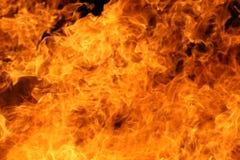 Flammes d'un feu photos stock