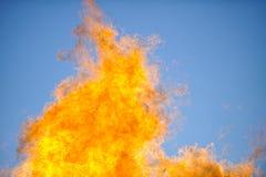 Flammes et ciel Image libre de droits
