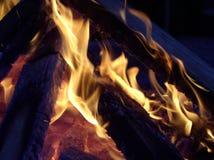 Flammes s'enlaçant Image stock