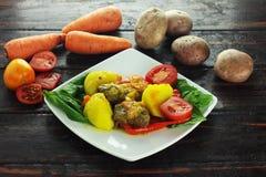 Flankbiff med grönsaker Royaltyfria Foton