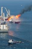 Flaque de pétrole d'eau profonde d'horizon de point d'ébullition Image libre de droits