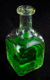 Flasche grüne Flüssigkeit Lizenzfreie Stockfotografie
