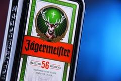 Flasche Kräuterlikör Jagermeister stockfotos