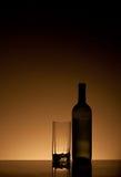 Flasche und Glas Lizenzfreie Stockbilder