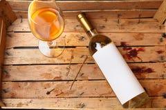 Flasche weißer Wein Stockfotos