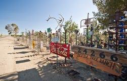 Flaschen-Baum-Ranch auf Route 66 stockfotografie