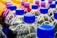 Flaschen der alkoholfreien Getränke Stockfoto