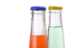 Flaschen mit geschmackvollem Getränk Stockbild