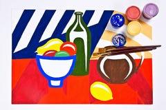 Flaschen mit Gouachefarben und Bürsten für künstlerische Malereien Lizenzfreie Stockfotos