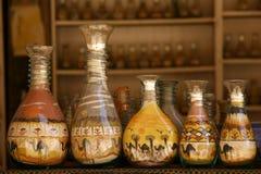 Flaschen mit Sand Stockfotos